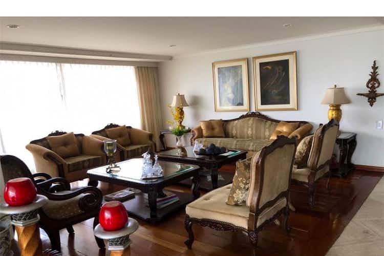 Portada Apartamento en venta en Los Balsos, 270mt con balcon