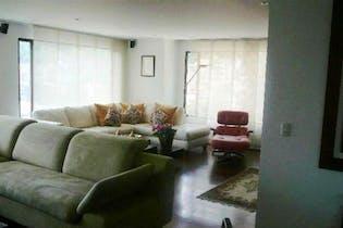 Apartamento en Bogota Chico Alto - tres garajes, depósito