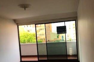 Apartamento en venta en Laureles de 137m²