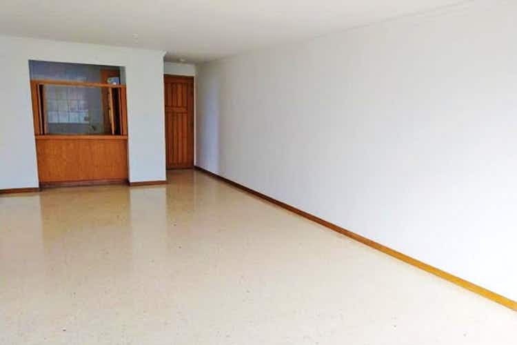 Portada Apartamento en venta en Los Balsos de tres habitaciones