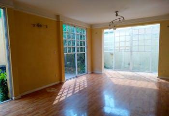 Casa en venta en Santa María Tepepan, 143mt de dos plantas