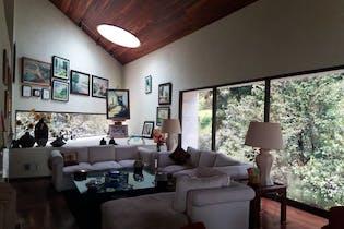 Casa en venta en Santa Rosa Xochiac de 710m² con Jardín...