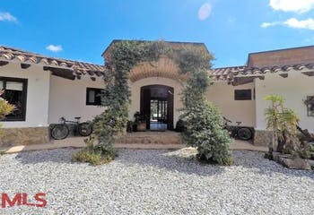 Hacienda Arrayanes, Casa en venta en Alto De Las Palmas Indiana de 3 habitaciones