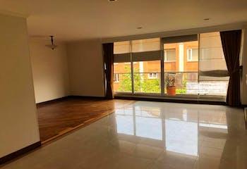 Apartamento En venta En Bogota Santa Paula Tres alcobas, estar de tv o cuarta alcoba.