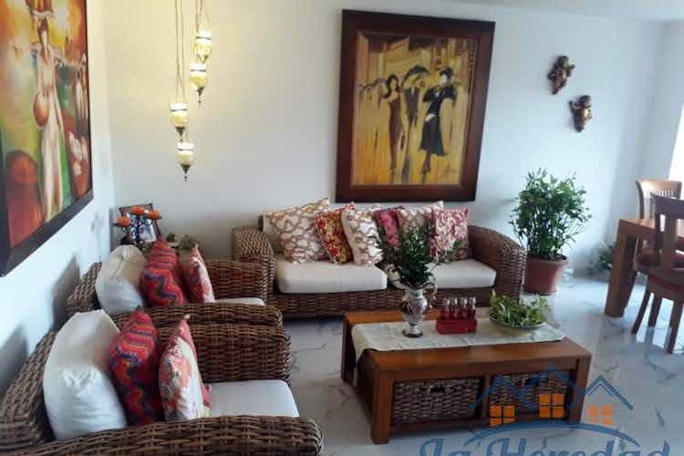 Portada Apartamento en venta en La Castellana de tres alcobas