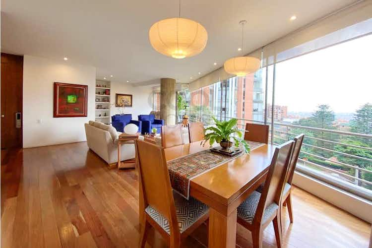 Portada Apartamento en venta en Rosales, 180mt con balcon