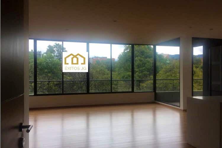 Portada Apartamento en venta en El Virrey, 150mt con tres balcones