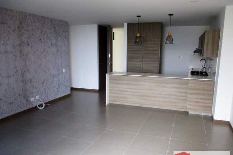 Portada Apartamento en venta en Loma del Escobero, 85mt con balcon