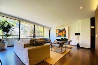 Apartamento en venta en Chicó Reservado con Piscina...