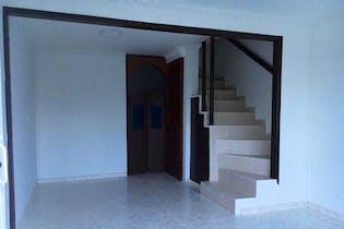 Casa en venta en El Tintal, 59mt de tres niveles