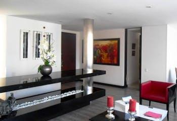 Apartamento en Bogota Chico Norte - con sala comedor con chimenea