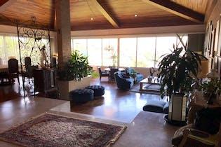 Casa en venta en Bosques De Las Lomas, 732m² con Jardín...