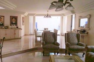 Casa en venta en Lomas de Tecamachalco de 558mts