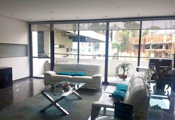 Casa en venta en Fracc Lomas Country Club, 438mt de dos niveles