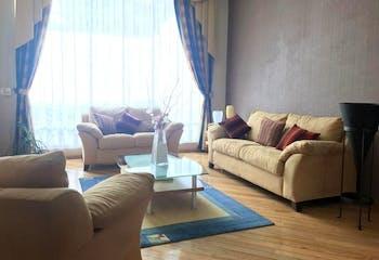 Casa en venta en Hacienda De Las Palmas, 400mt