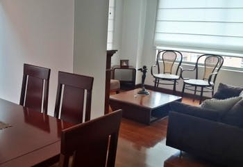 Apartamento en Bogota Santa Barbara Occidental - sala comedor con chimenea