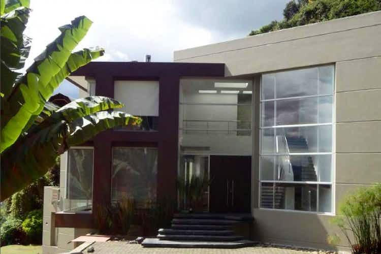 Portada Casa En Fusca, Chia, 4 Habitaciones- 525m2,