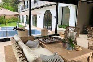 Casa en venta en  Lomas Country Club de 5 recámaras