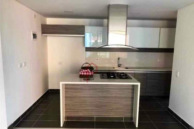 Portada Apartamento en venta en Loma de Las Brujas, 114mt con balcon