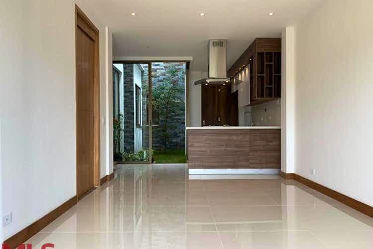 Portada Casa en venta en Circunvalar de 157mts, dos niveles