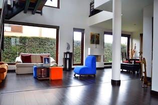Casa En Calahorra, Cajica, 4 Habitaciones- 282m2.