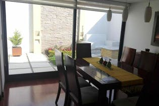 Casa en venta en Barrio Cedritos de 215mts, dos niveles