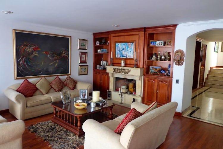 Foto 1 de Apartamento En Bogota Santa Barbara Central- chimenea- 3 alcobas