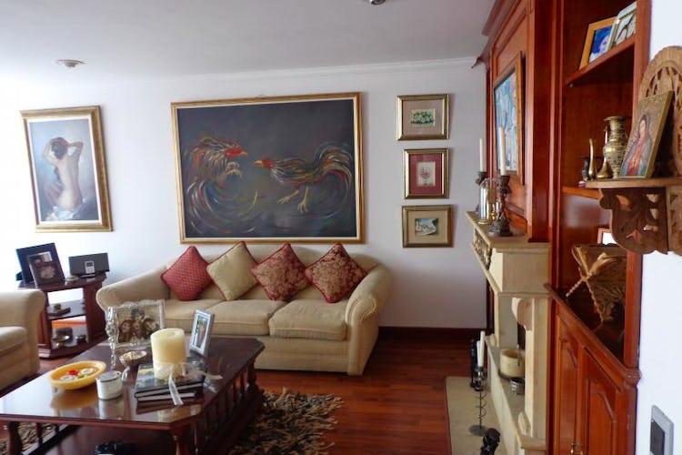 Foto 2 de Apartamento En Bogota Santa Barbara Central- chimenea- 3 alcobas