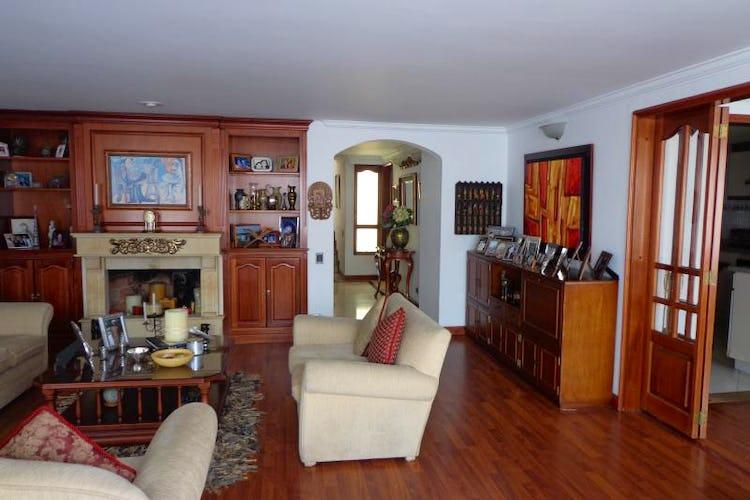 Foto 3 de Apartamento En Bogota Santa Barbara Central- chimenea- 3 alcobas