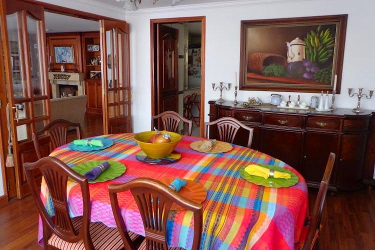 Foto 5 de Apartamento En Bogota Santa Barbara Central- chimenea- 3 alcobas