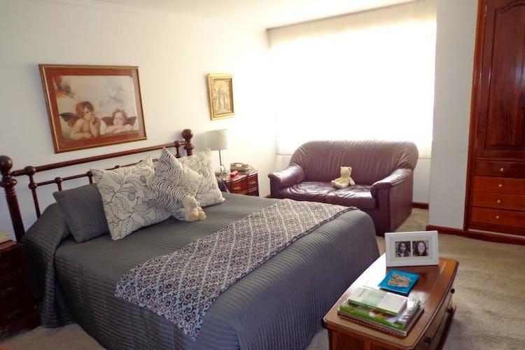 Foto 11 de Apartamento En Bogota Santa Barbara Central- chimenea- 3 alcobas