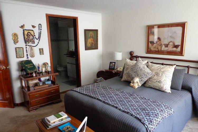 Foto 13 de Apartamento En Bogota Santa Barbara Central- chimenea- 3 alcobas