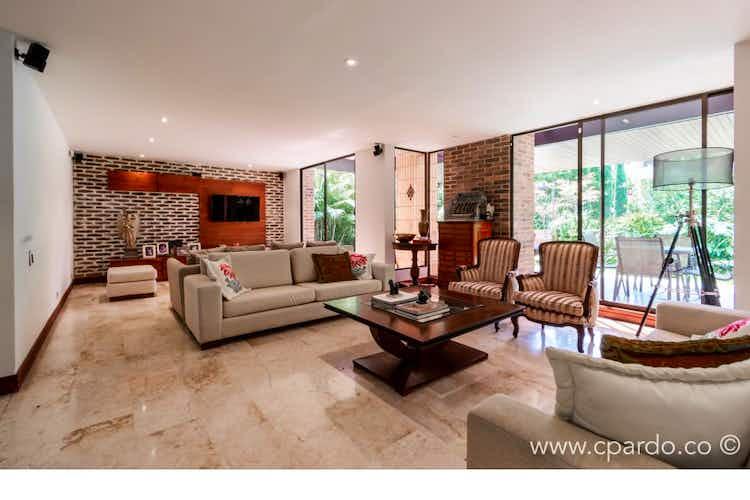 Portada Casa en venta en Los Balsos, 605mt de tres niveles