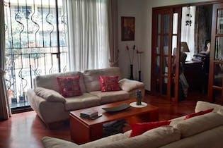 Casa En Venta En Bogota Lisboa - con sala con chimenea