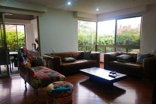 Casa en venta en Loma De Benedictinos, 612m²