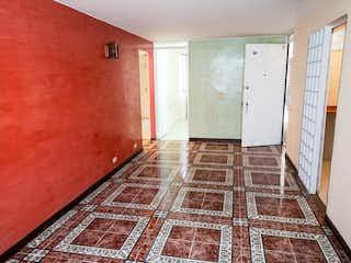 Un cuarto de baño con un inodoro y una ducha en Apartamento en venta en Las Orquídeas, 54mt