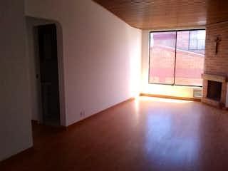 Una habitación que tiene una ventana en ella en Apartamento en venta en Magdala de  3 habitaciones