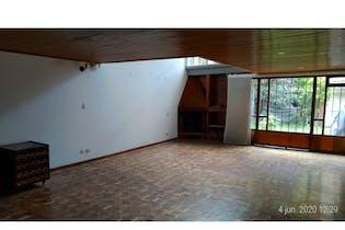 Casa en venta en Barrio Pasadena de 4 habitaciones