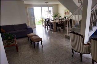 Casa en venta en Laureles con Jardín...