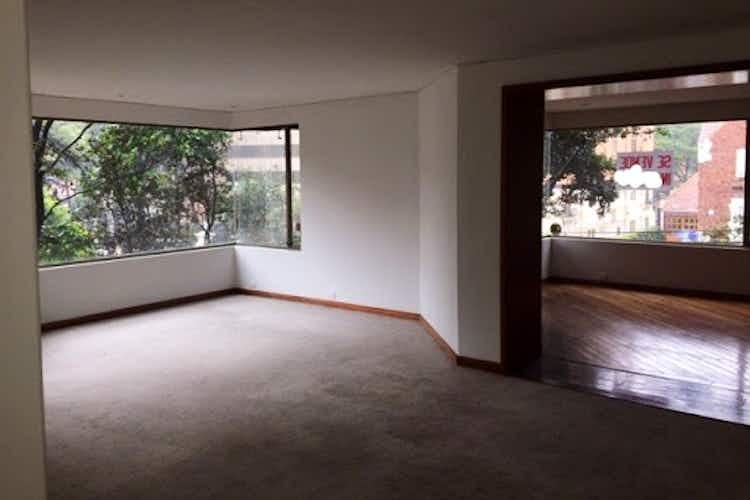 Portada Apartamento en venta en El Nogal de 3 habitaciones