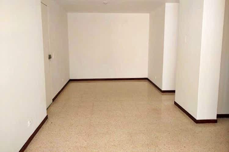 Portada Apartamento en venta en La América, 86mt con balcon