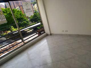 Una vista de una habitación con una ventana en el fondo en Apartamento en venta en Calasanz, 60mt