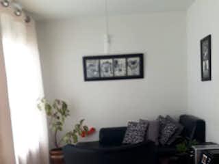 Una sala de estar llena de muebles y una planta en maceta en Apartamento en venta en Calasanz, 56mt con balcon