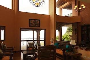Cedro Verde, Casa en venta en La Loma, 549m²