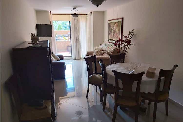 Portada Apartamento en venta en El Tesoro de  3 habitaciones