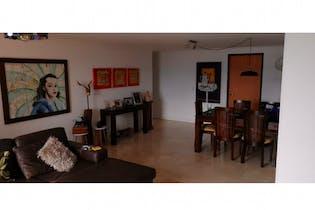 Apartamento en venta en El Tesoro con acceso a Balcón