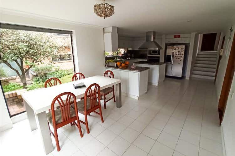 Portada Casa en venta en La Conejera de  4 habitaciones