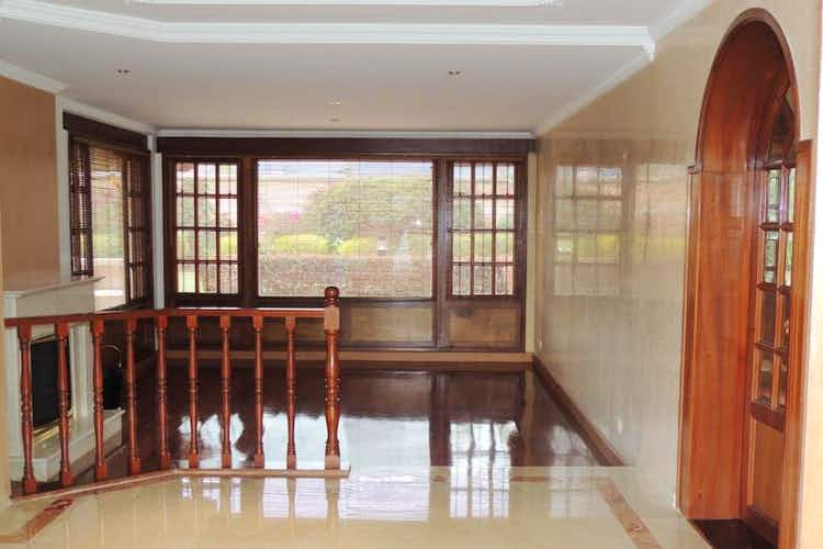 Portada Casa En Los Arrayanes, 3 Habitaciones- 400m2.