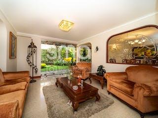 Linares, casa en venta en Los Balsos, Medellín
