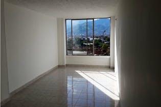 Apartamento en venta en El Trianón con acceso a Piscina
